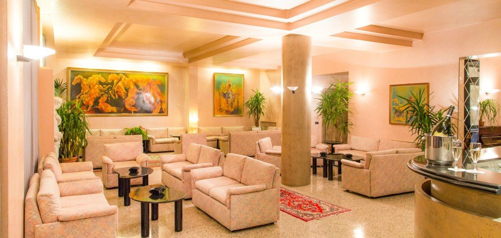 Hotel Diana - Saloni