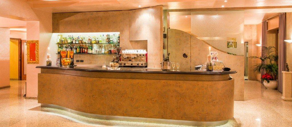 Hotel Diana - Hall